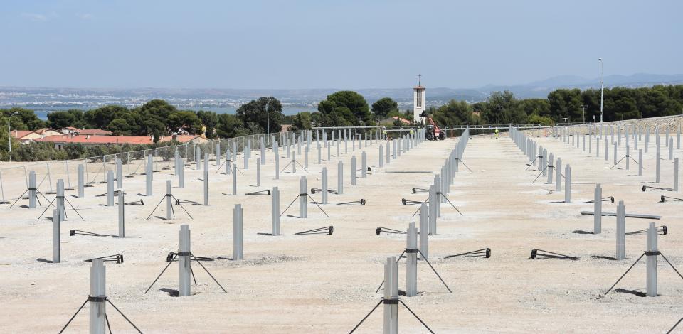 construction de la ferme solaire